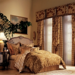 6-Drapes-and-Luminette