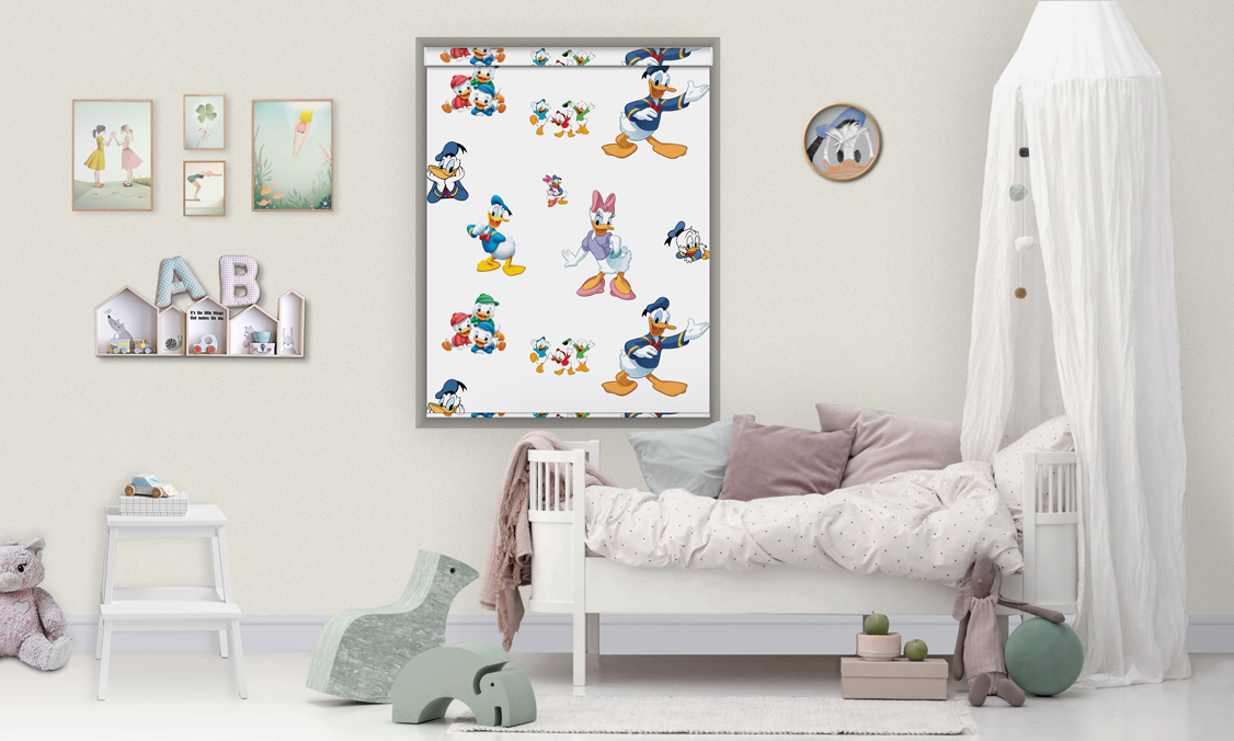 Roller printed blinds daisy duck